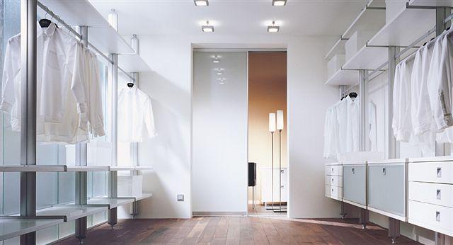 regal und schiebew nde wk m bel ihr zuverl ssiger. Black Bedroom Furniture Sets. Home Design Ideas